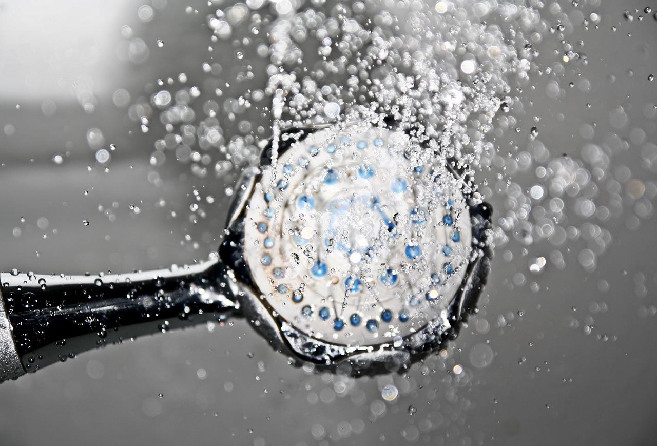 Comment expliquer le succès de la douche à l'italienne ?