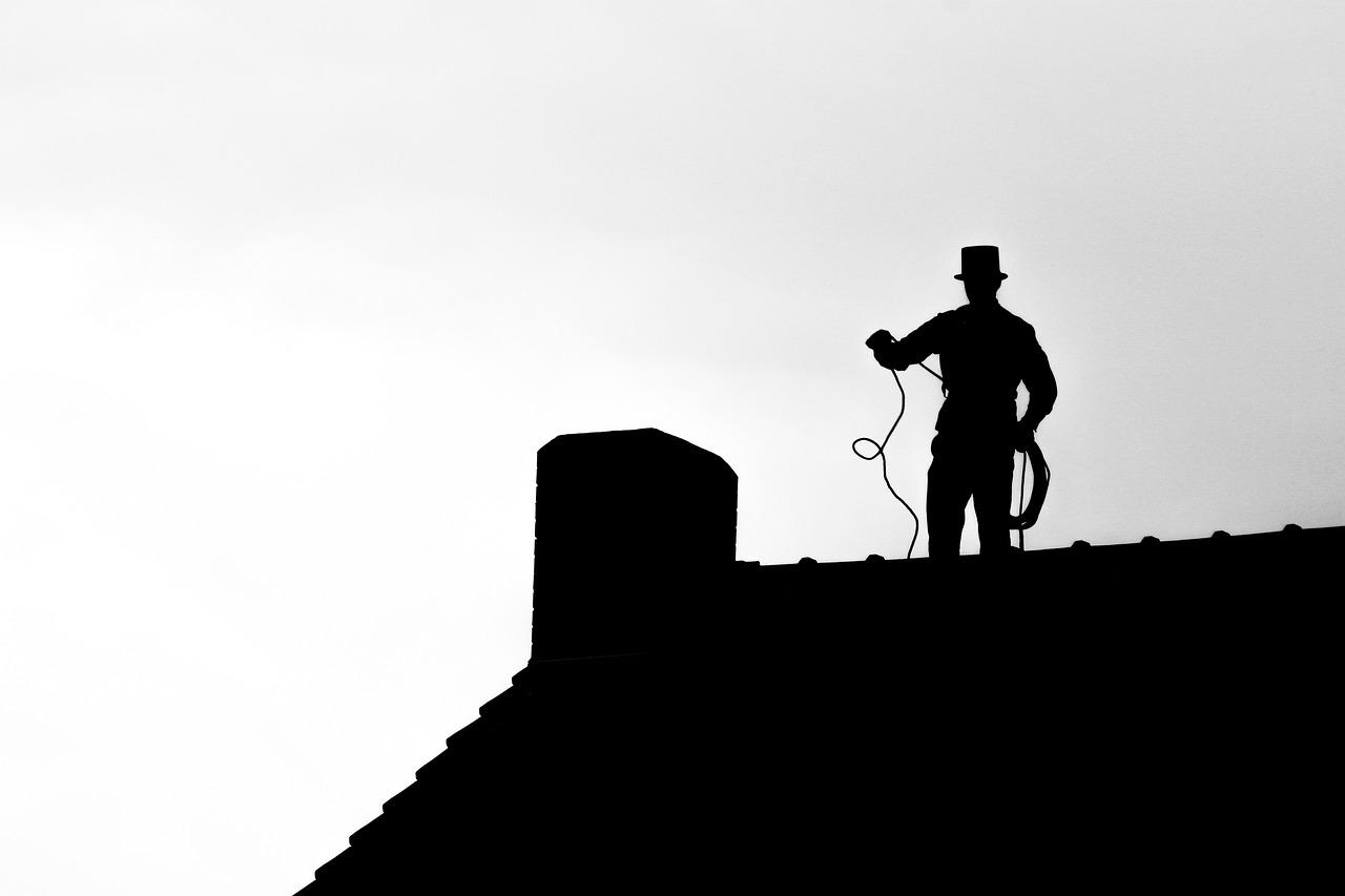 Faire réparer son toit par un couvreur professionnel